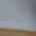 Vzlínání vlhkosti od podlahy karavanu