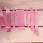 plastové nářadí na čalounění a plastové a gumové lišty